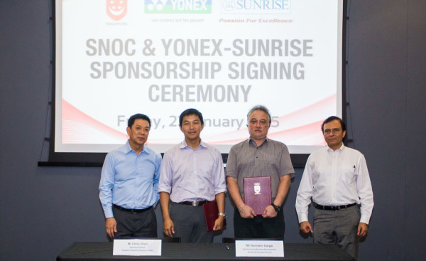 snoc-yonex-signing-3